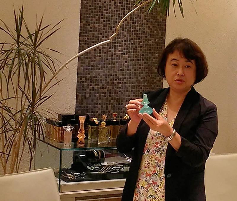 代表、山口による香りのセミナー